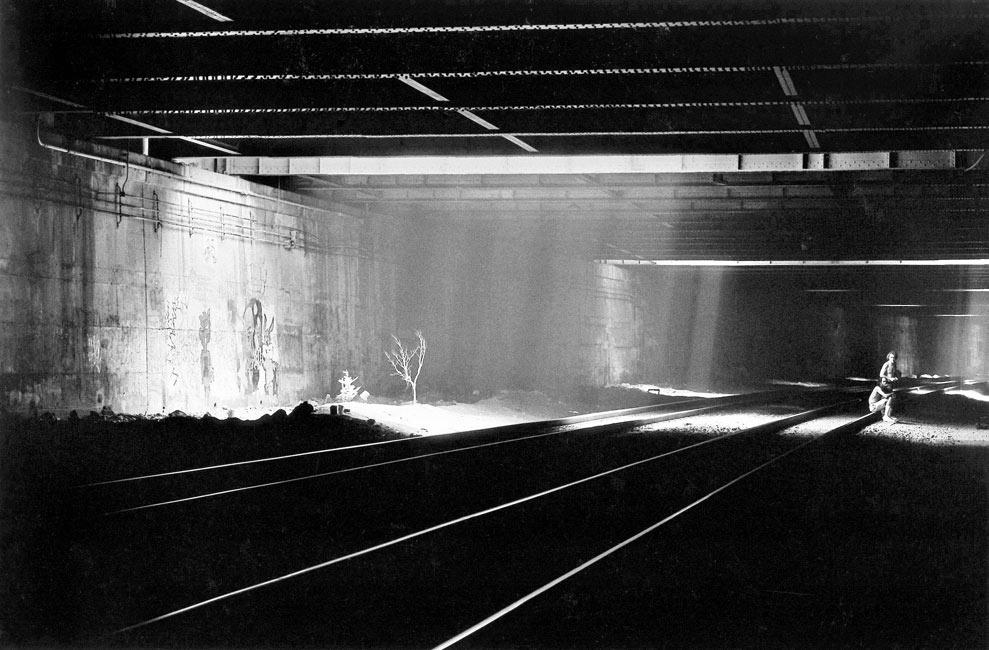 72 Manhattan Tunnel People